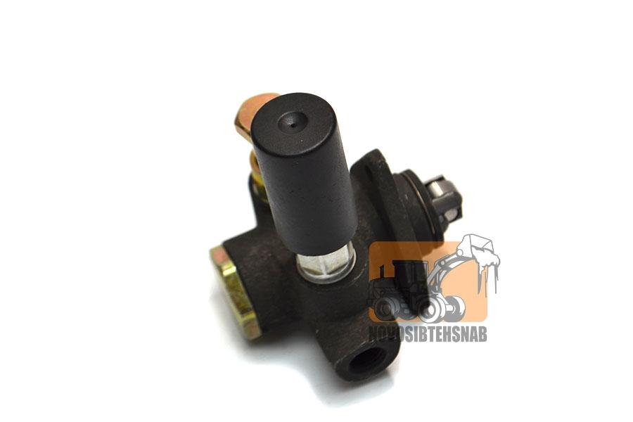Насос ручной подкачки топлива на ZL30